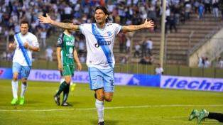 Atlético Tucumán goleó a Sarmiento y se metió en los cuartos de final