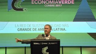 """Schiaretti planteó la necesidad de """"garantizar la sustentabilidad de la vida"""""""