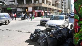 Comenzó la recolección de basura, pese a que se mantiene el conflicto salarial