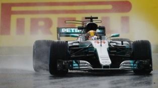 El británico Hamilton obtuvo la pole position para el Gran Premio de Suzuka