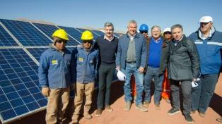 Colocaron la piedra fundamental del Parque Solar Cauchari