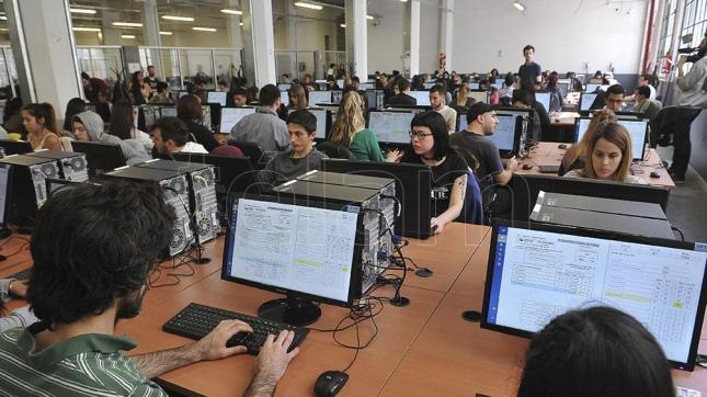 El simulacro de escrutinio provisorio pretende mostrar un Ministerio del interior escrutinio