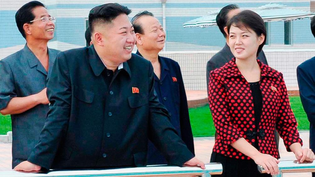 Kim Jong-un junto a su hermana Kim Yo-jong