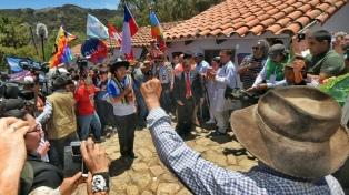 Morales celebró la postura de la concursante chilena por la salida al mar