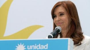 Cristina Kirchner criticó las medidas económicas del Gobierno, en los últimos días de campaña