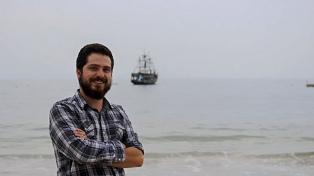 El escritor chileno Andrés Montero ganó el premio Elena Poniatowska