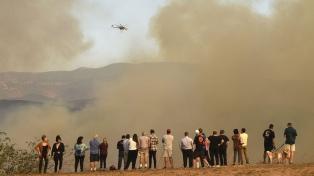 Al menos 17 muertos y más de 46.500 hectáreas arrasadas causaron los incendios en California