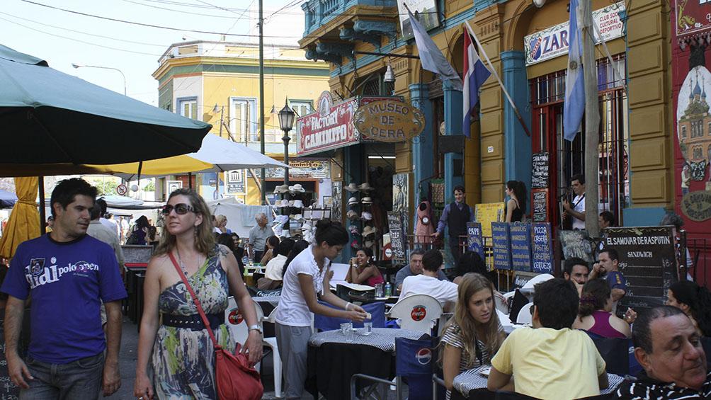 Prevén un aumento en la llegada de turistas extranjeros por la suba del dólar