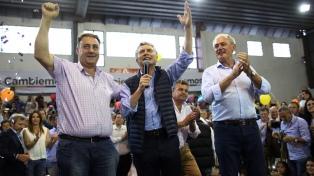 """Macri dijo que """"hay una Argentina en movimiento"""" y que ello """"genera trabajo del bueno"""""""