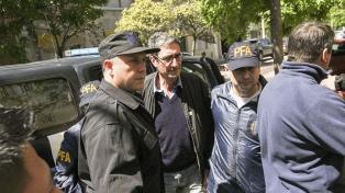 Detuvieron a un docente y ex candidato del PJ por la agresión a Macri en Santa Rosa