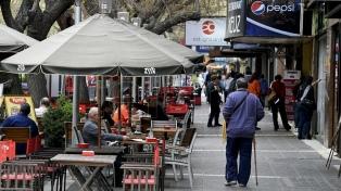 Lanzan un programa de ayuda al comercio minorista para mitigar el impacto de las compras en Chile