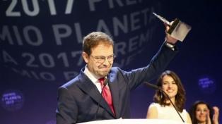 """Javier Sierra gana el Premio Planeta con su novela """"El fuego invisible"""""""