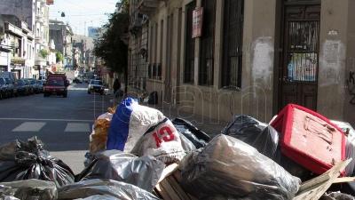 La Municipalidad pidió no sacar residuos ante la recolección interrumpida por el paro