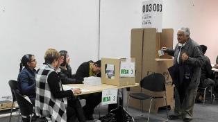 Los centros de votación ya abrieron para las legislativas y consultas de partidos