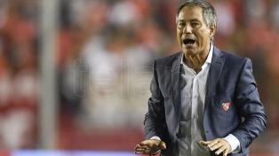 """Holan pide """"ser más Independiente que nunca"""" en la final ante Flamengo"""