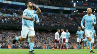 Agüero marcó uno de los goles de la victoria del City e hizo historia
