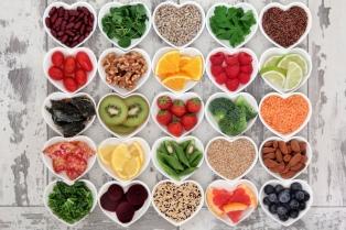"""Para el """"gurú de la longevidad"""", hay que comer mucho menos y mejor para vivir 100 años"""