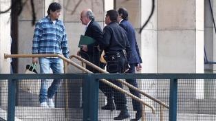 Parrilli negó los cargos en su contra y lo atribuyó a intereses políticos