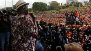 La Corte validó las elecciones pero la oposición no reconoce al presidente