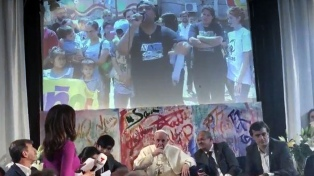 """Bullrich se reunió con el papa Francisco y dijo que le pidió """"cuidar a los pobres"""""""