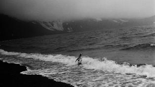 Una muestra, un libro de fotos y un diario íntimo: Adriana Lestido y las imágenes de su experiencia en la Antártida