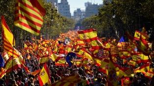 Masiva manifestación en Barcelona por la unidad española