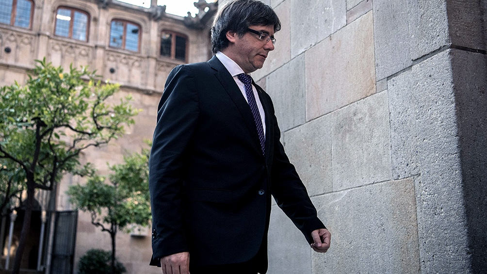 Puigdemont plantea votar salida de la UE