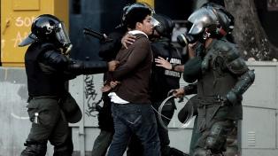 Las fuerzas de seguridad venezolanas matan a 15 personas por día, según un experto