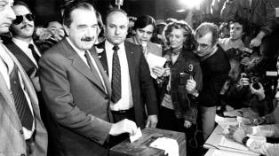 Homenajes en las redes, a 34 años del histórico triunfo de Raúl Alfonsín