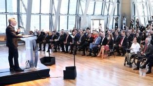 """Macri anunció un plan con tres ejes para reducir la pobreza y llamó a generar """"consensos básicos"""""""