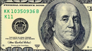 El dólar subió a $ 17,96 pero en los principales bancos extranjeros cerró a $ 18 para la venta al público