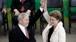 Lula cerró una gira por 20 ciudades con un acto junto a Dilma