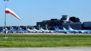 Cancelaron 300 vuelos por el paro que afecta a 40 mil pasajeros