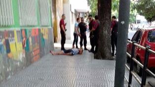 Dos policías y un delincuente muertos en Liniers