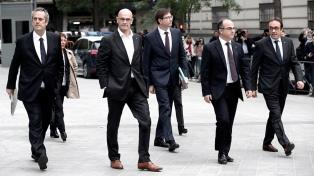 Para Puigdemont, la prisión a sus ex ministros significa que Madrid renunció al diálogo