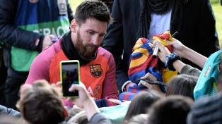 Messi se reincorporó al Barcelona tras haber jugado para la Argentina