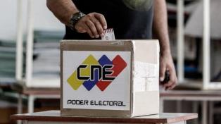 El chavismo busca consolidarse en comicios de alcaldes en los que la oposición decidió no participar