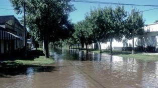 General Villegas: las ventas cayeron un 50% por las inundaciones