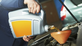 Creció la producción de lubricantes para automóviles y se esperan más ventas en 2018