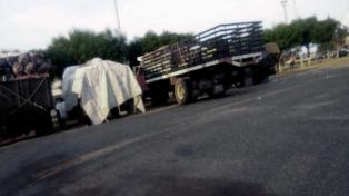 Una protesta con camiones causa bloqueos kilométricos a las entradas de París