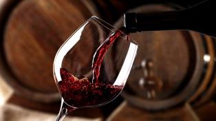 Gobernadores transmitieron al Gobierno su rechazo al impuesto al vino