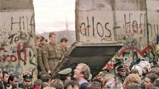 Berlín conmemoró los 28 años de la caída del muro
