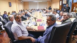 """La CGT ratificó el acuerdo y aseguró que la reforma laboral """"no es como la brasileña"""""""
