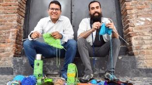 """""""Hombres Tejedores"""" se reunirán para practicar crochet y romper estereotipos"""
