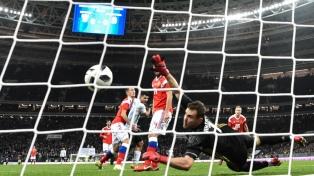 Agüero le dio el triunfo a Argentina ante Rusia