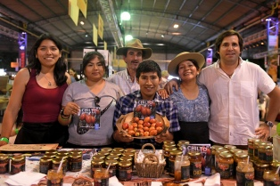 Frutos exóticos, tomates de las yungas y vinagre de yerba mate, entre los imperdibles