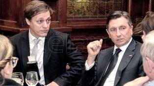 Pahor fue reelegido como presidente esloveno en el balotaje