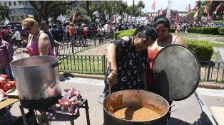 Con una jornada nacional, movimientos sociales reclamaron la ley de emergencia alimentaria