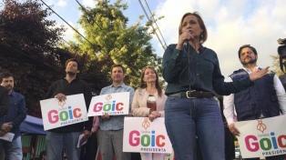 La candidata demócrata cristiana a la presidencia cierra su campaña en el Estadio Nacional