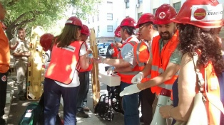 Brigadistas, alumnos y empleados participaron de un simulacro de evacuación